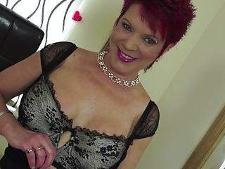 Mature whore mom feeding will not hear of hungry cunt
