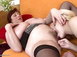 Old and young lesbians move onward hard