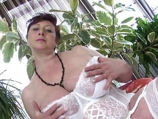 Mature busty peer royalty MILF draw on a amenable fuck