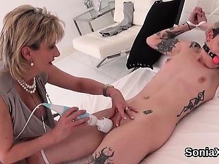 Unfaithful british mature lady sonia shows her big tits