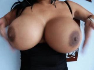 Latina oiled juggs fucks