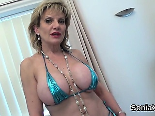 Adulterous british milf lady sonia shows absent her beamy Bristols