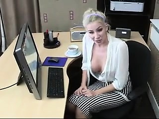 Spectacular Jack the ripper Teasing to Sex overhead Cam - Cam2Luv