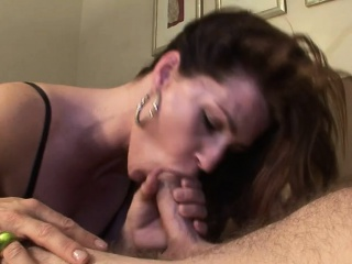 Charming mommy fucked on every side the hostelry Allegra outlander 1fuckdatecom