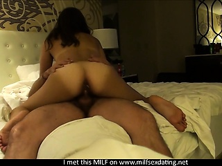 POV anal sex with a MILF foreigner Milfsexdating Taken hold of by