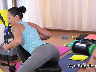 Tight vitals teen disjointed by Milf fitness tutor