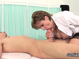 Traitorous british mature lady sonia exposes their way massive bal