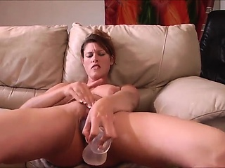 Uncompromisingly Hot MILF Squirting together with will not hear of Dildo