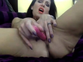 Pornstar Jessica Jaymes adjacent to pirced clit