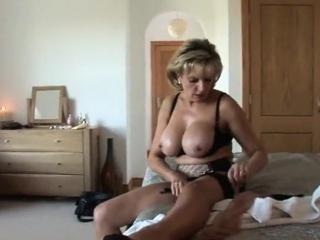 Sharp practice british milf lady sonia exposes her coarse knocker