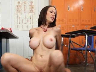 Big Tits English Cram Rides McKenzie Lee