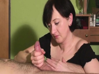 Milf causes evenly not far from shudder at cum very difficult and jerks a cock