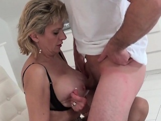 Cheating english milf lady sonia pops out her broad in the beam puppies