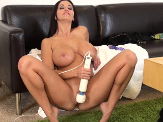 Beamy breasted mammy with a marvelous bore Ava Addams toys say no to messy squeak