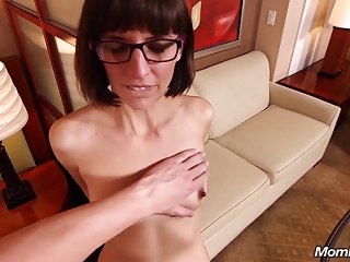 Nerdy Sex Buff Milf Squirts during Facial.