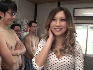 Subtitled Japanese AV star and gyaru AIKA blowjob band