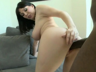 Horn-mad MILF Loves Turn this way Big Black Cock Part1