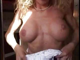 Cougar Handjob #3 (What you can get in Amsterdam)