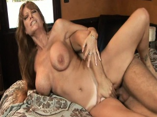 Sex-crazed MILF fuck the lady to her exhausted friend
