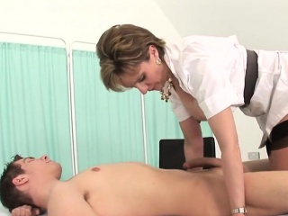 Adulterous uk milf lady sonia largess her unselfish breasts