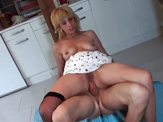 Hot milf plus her younger suitor 928