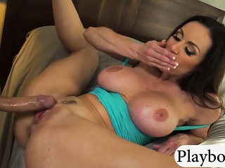 Obese confidential subfusc milf Kendra Lust gets pussy rammed