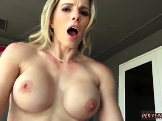 Chunky mature mom first duration This MILF quite a distance toute seule knows what s
