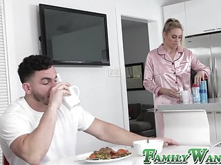 Gorgeous young stepmom screwed off out of one's mind buffed stud