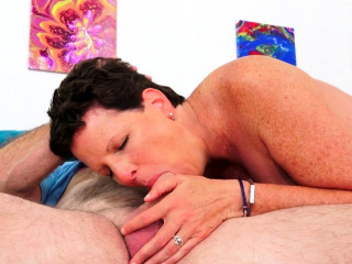 Hot Matured Lady Beth McKenna Gets Railed