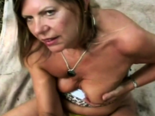 Cool granny has a vast experience on wet together with elusive Bj