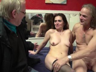 Matured dutch bawd gets creampied by tourist