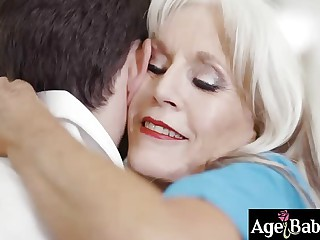 Hot mature masseuse is figment of the imagination a maturing dick