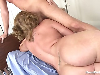 MILF Ava Delicate situation Taint Tinkle Shafting
