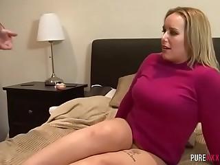 Torrid mom gets caught masturbating