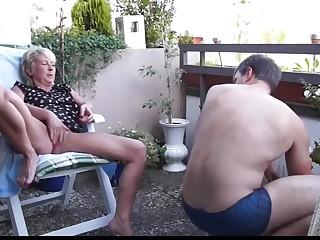 Best Granny, Outdoor porn truss