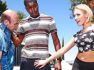 Kagney Linn Karter, Isiah Maxwell in the matter of Mom's Cuckold #16, Scene #04