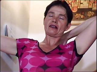 Slutty Mommy Masturbates Herself