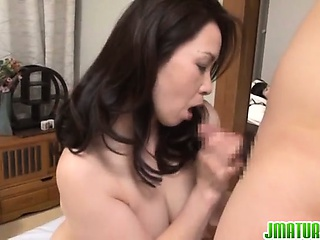 Hot Yuuko Kuremachi enjoys fast pleasures