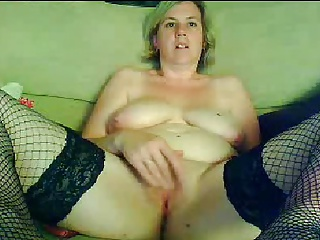 42 year old English Wife on Webcam