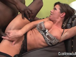 Hammer Veronia Avluv nigh big black cock